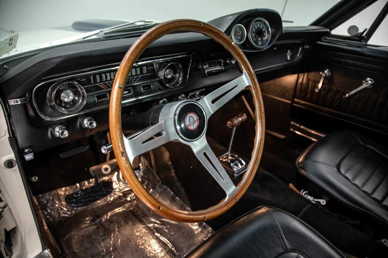 1965 Ford Mustang 51
