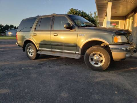 2000 Ford Expedition for sale at Geareys Auto Sales of Sioux Falls, LLC in Sioux Falls SD