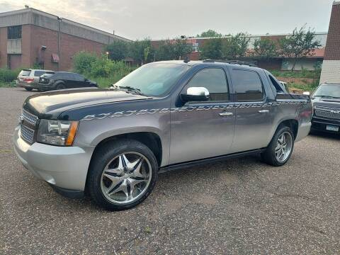 2007 Chevrolet Avalanche for sale at Family Auto Sales in Maplewood MN