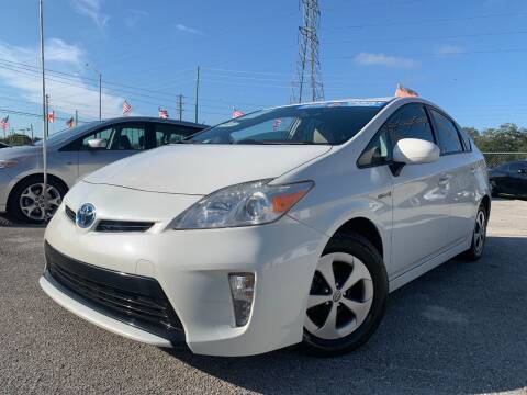 2013 Toyota Prius for sale at Das Autohaus Quality Used Cars in Clearwater FL