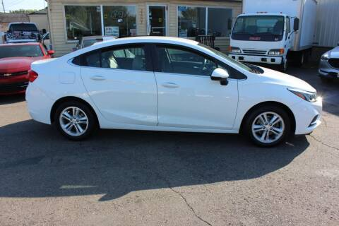 2017 Chevrolet Cruze for sale at BANK AUTO SALES in Wayne MI