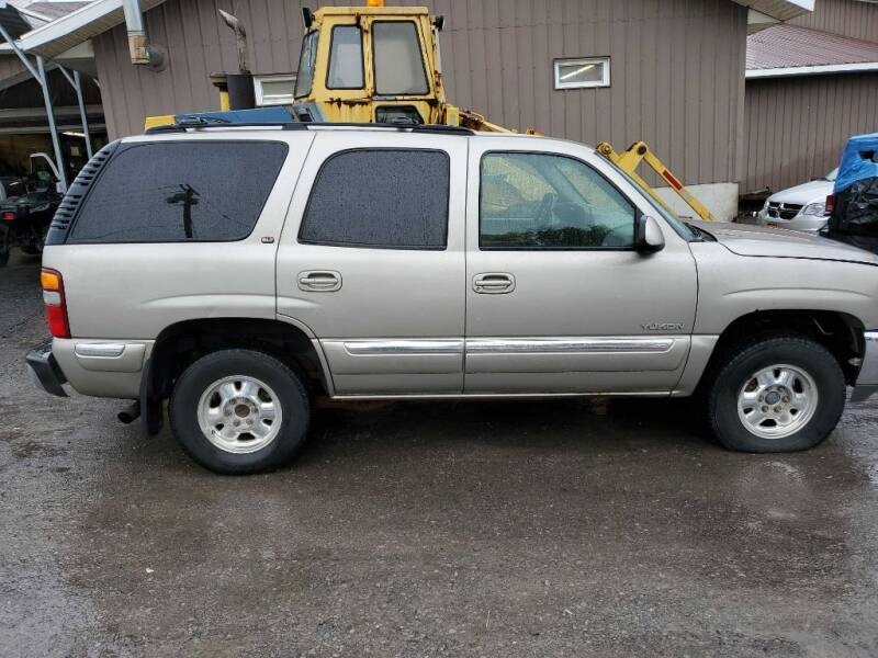 2000 GMC Yukon for sale at CRYSTAL MOTORS SALES in Rome NY