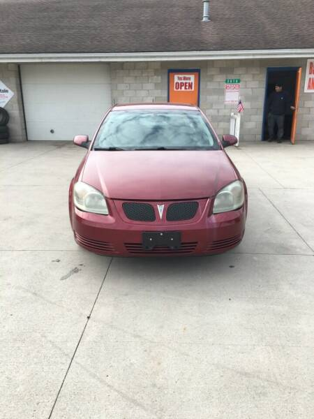 2009 Pontiac G5 for sale at B & T Auto Sales & Repair in Columbus OH