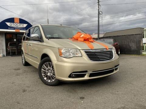 2011 Chrysler Town and Country for sale at OTOCITY in Totowa NJ