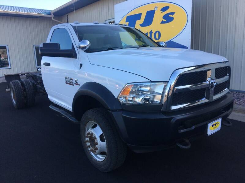 2017 RAM Ram Chassis 5500 4X4 2dr Regular Cab 168.5 in. WB - Wisconsin Rapids WI