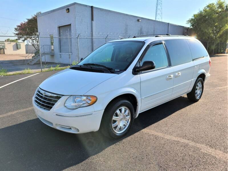 2005 Chrysler Town and Country for sale at Image Auto Sales in Dallas TX