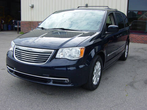 2016 Chrysler Town and Country for sale at North South Motorcars in Seabrook NH
