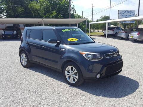 2016 Kia Soul for sale at Bostick's Auto & Truck Sales in Brownwood TX