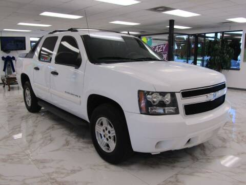 2008 Chevrolet Avalanche for sale at Dealer One Auto Credit in Oklahoma City OK