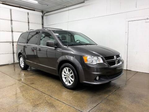 2018 Dodge Grand Caravan for sale at PARKWAY AUTO in Hudsonville MI