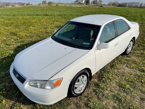 2000 Toyota Camry for sale at Linda Ann's Cars,Truck's & Vans in Mount Pleasant PA