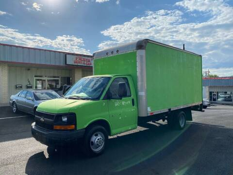 2007 Chevrolet Express Cutaway for sale at FIESTA MOTORS in Hagerstown MD