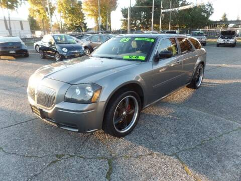 2005 Dodge Magnum for sale at Gold Key Motors in Centralia WA