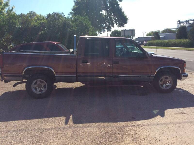 1999 Chevrolet C/K 2500 Series for sale at Kimpton Auto Sales in Wells MN