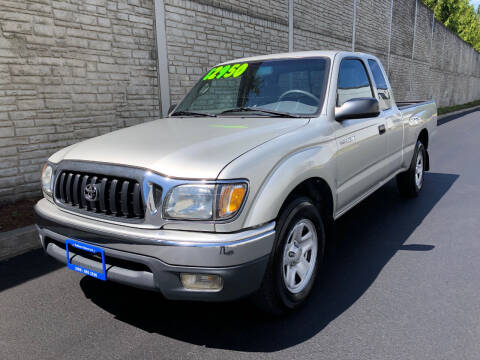 2001 Toyota Tacoma for sale at Matthews Motors LLC in Algona WA