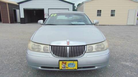 2000 Lincoln Town Car for sale at CAROLINA TOY SHOP LLC in Hartsville SC