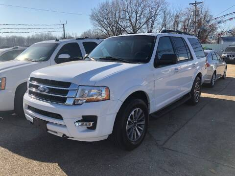 2017 Ford Expedition for sale at Greg's Auto Sales in Poplar Bluff MO