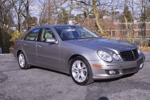 2008 Mercedes-Benz E-Class for sale at Bill Dovell Motor Car in Columbus OH