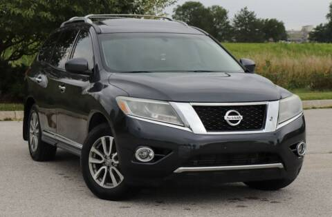 2013 Nissan Pathfinder for sale at Big O Auto LLC in Omaha NE