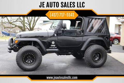 2004 Jeep Wrangler for sale at JE AUTO SALES LLC in Webb City MO