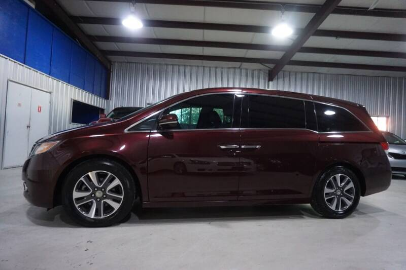 2014 Honda Odyssey for sale at SOUTHWEST AUTO CENTER INC in Houston TX