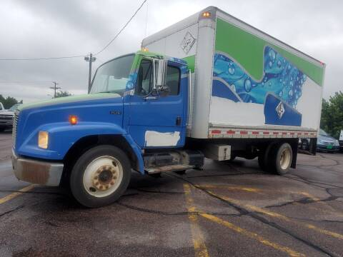 2000 Freightliner FL70 for sale at Geareys Auto Sales of Sioux Falls, LLC in Sioux Falls SD