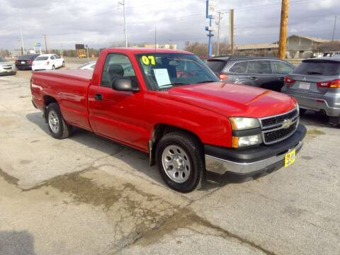 2007 Chevrolet Silverado 1500 Classic for sale at Regency Motors Inc in Davenport IA