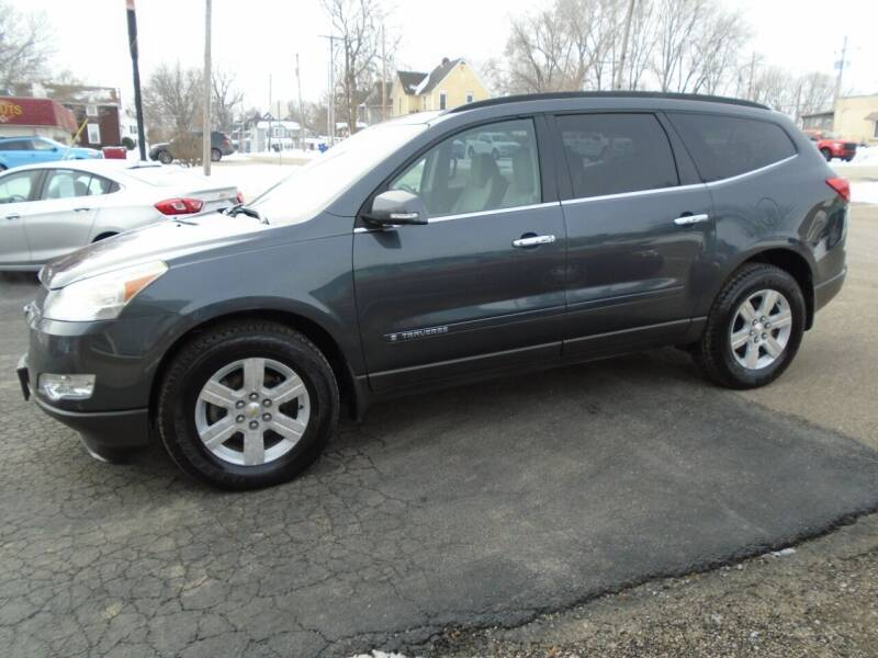 2009 Chevrolet Traverse for sale at Nelson Auto Sales in Toulon IL