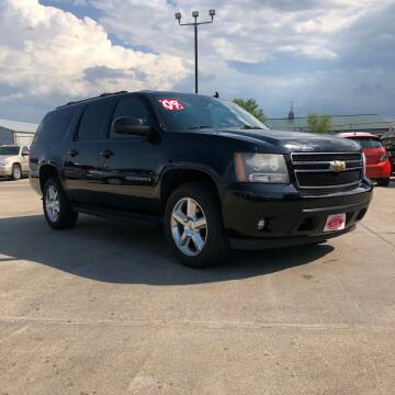 2009 Chevrolet Suburban for sale at UNITED AUTO INC in South Sioux City NE