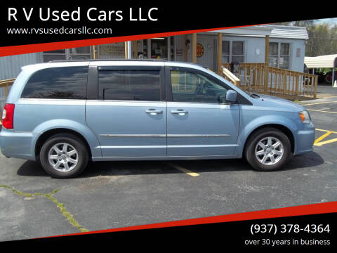 2013 Chrysler Town and Country for sale at R V Used Cars LLC in Georgetown OH
