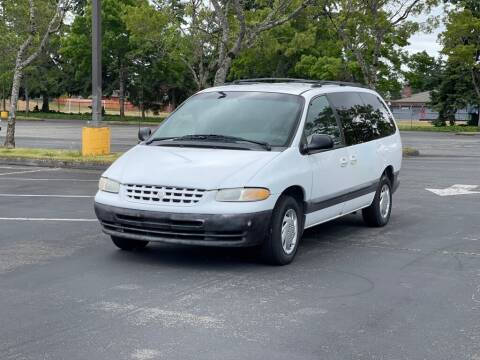 2000 Chrysler Grand Voyager for sale at H&W Auto Sales in Lakewood WA