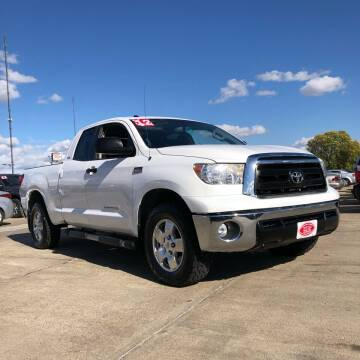 2012 Toyota Tundra for sale at UNITED AUTO INC in South Sioux City NE