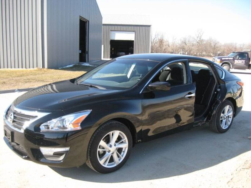 2013 Nissan Altima for sale in Des Moines, IA