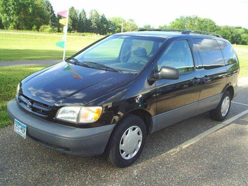 1999 Toyota Sienna for sale at Dales Auto Sales in Hutchinson MN