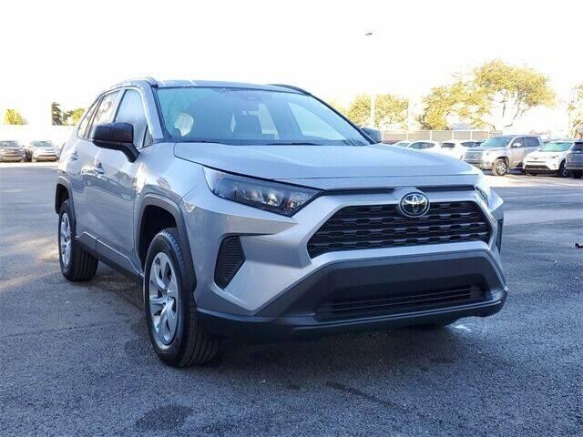2019 Toyota RAV4 for sale at Selecauto LLC in Miami FL