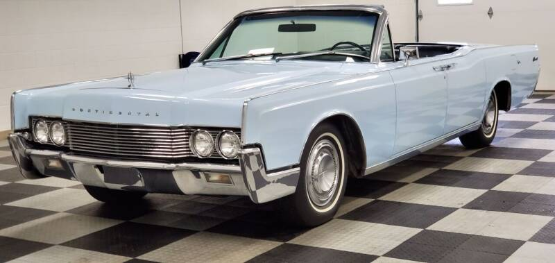 1967 Lincoln Continental for sale at 920 Automotive in Watertown WI