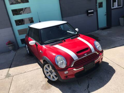 2006 MINI Cooper for sale at Enthusiast Autohaus in Sheridan IN