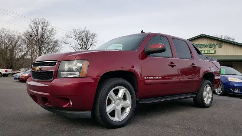 2007 Chevrolet Avalanche for sale at Ridgeway's Auto Sales in West Frankfort IL