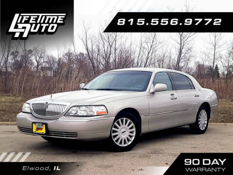 2005 Lincoln Town Car for sale at Lifetime Auto in Elwood IL
