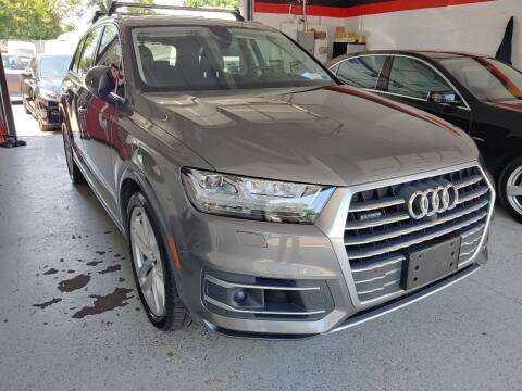 2017 Audi Q7 for sale at Auto Direct Inc in Saddle Brook NJ