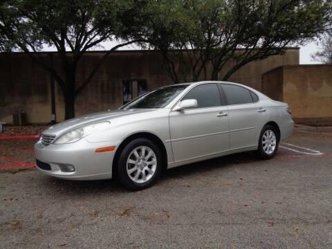 2002 Lexus ES 300 for sale at ACH AutoHaus in Dallas TX