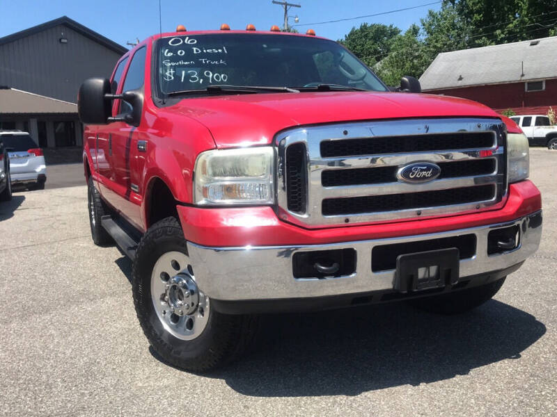 2006 Ford F-250 Super Duty for sale at Drapers Auto Sales in Peru IN