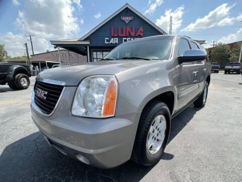 2008 GMC Yukon for sale at LUNA CAR CENTER in San Antonio TX