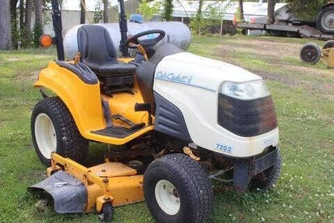 Cub Cadet 7252 for sale at Vehicle Network - Mills International in Kinston NC