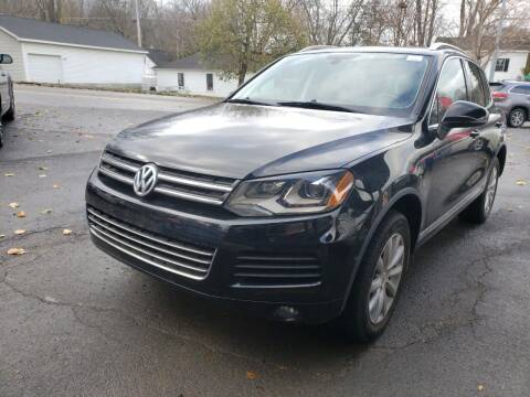 2012 Volkswagen Touareg for sale at Apple Auto Sales Inc in Camillus NY