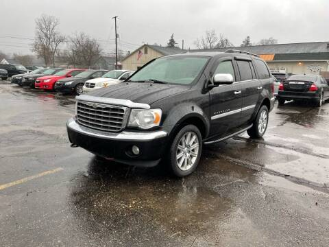 2008 Chrysler Aspen for sale at Dean's Auto Sales in Flint MI