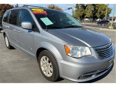 2014 Chrysler Town and Country for sale at ATWATER AUTO WORLD in Atwater CA