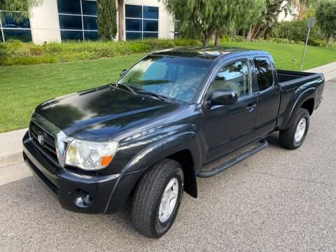 2005 Toyota Tacoma for sale at Donada  Group Inc in Arleta CA