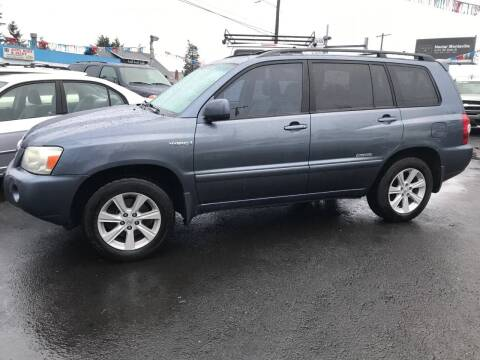 2007 Toyota Highlander Hybrid for sale at Chuck Wise Motors in Portland OR