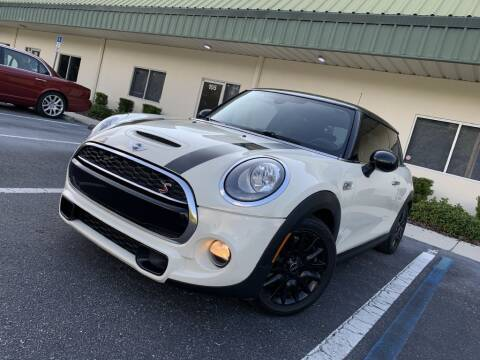 2014 MINI Hardtop for sale at Fisher Motor Group LLC in Bradenton FL